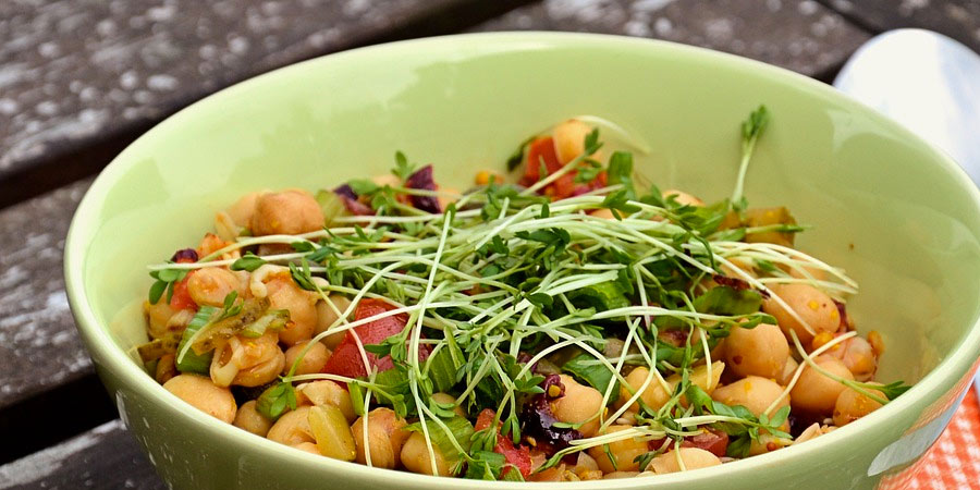 chickpeas high in protein